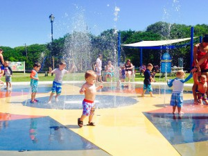 splashpad kid
